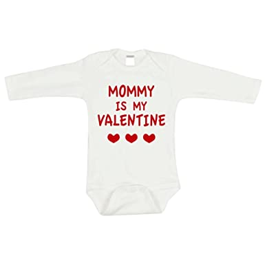 095ab67d659d Amazon.com  Bump and Beyond Designs Baby First Valentines Day Outfit ...