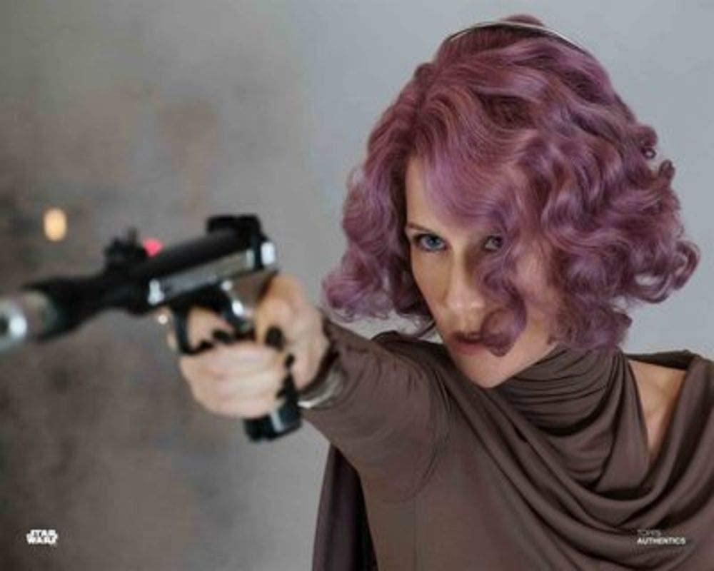 Star Wars Authentics: Laura Dern as Vice Admiral Holdo in 'Star Wars: The Last Jedi 11x14' Official Photo