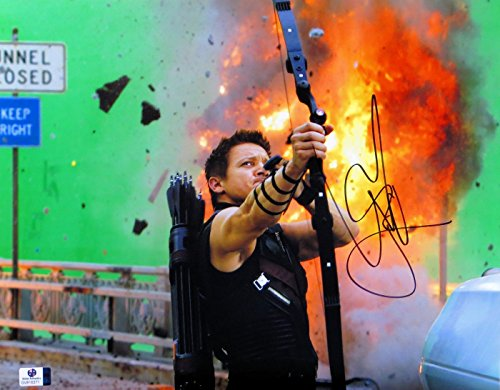 jeremy-renner-signed-autographed-11x14-photo-the-avengers-hawkeye-gv816371