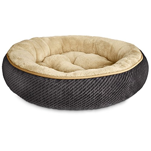 petco-textured-round-cat-bed-in-grey-20-diameter