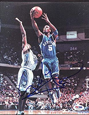 Autographed Wayne Turner Picture - 8x10 Kentucky Wildcats #S43931 - PSA/DNA Certified - Autographed NBA Photos