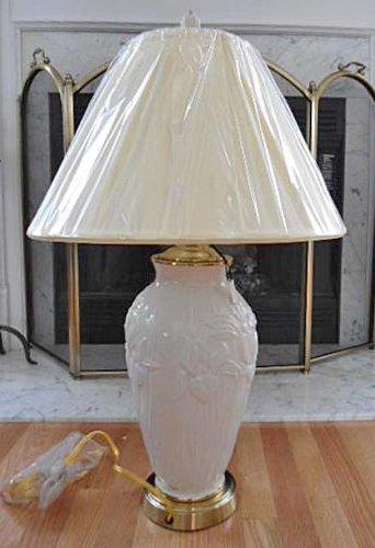 (Lenox Masterpiece Iris Lamp with Ivory Fabric Shade Ceramic Body Brass Finial Base)