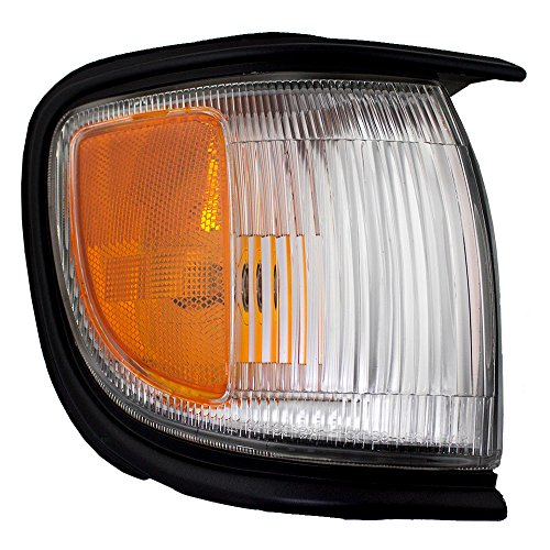 Passengers Front Corner Signal Side Marker Light Lamp with Black Trim Replacement for Nissan SUV 261100W026 -