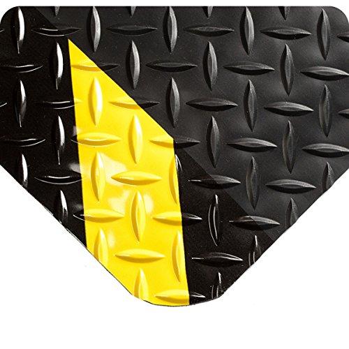 (Wearwell 415.916x4x6CHV Diamond-Plate SpongeCote Mat, 6' Length x 4' Width x 9/16