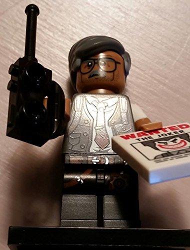 DC Comics Lego Batman Movie 008 Commissioner Gordon Batman Mini Blind bag Figure_71017