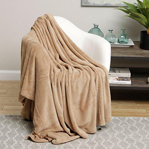 Ultra Soft Tan Design Full Size Microplush Blanket