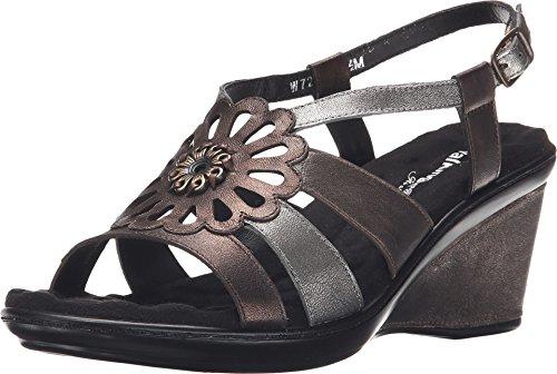 (Walking Cradles Women's Lindsey Metallic Multi Sandal 9 M (B))