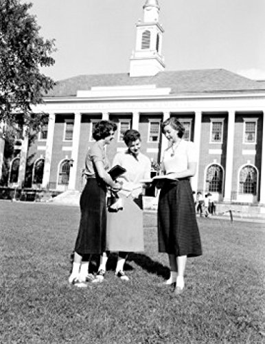 USA Vermont Burlington University of Vermont Three young girls standing and reading books Poster Print (24 x - With Burlington Vermont Kids
