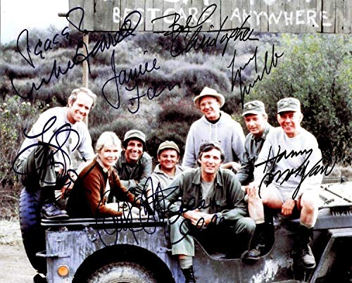 MASH FULL CAST - Reprint 8x10 inch Photograph -