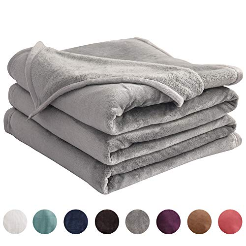"LIANLAM King Size Fleece Blanket Lightweight Super Soft and All Season Warm Fuzzy Plush Cozy Luxury Bed Blankets Microfiber (Grey, 104""x90"")"