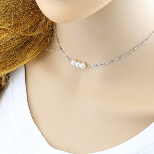 White 16 inch pearl necklace