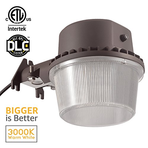 Outdoor Led Area Light Fixtures in Florida - 3