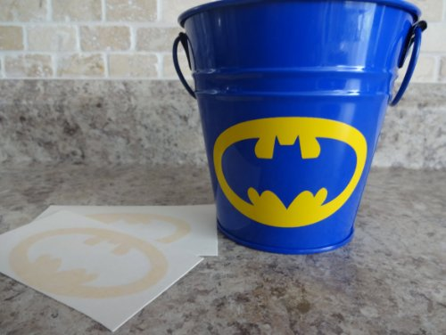 Batman 3x2 inches symbol Pack of 6 vinyl decal stickers