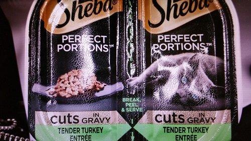Sheba Perfect Portions Cuts in Gravy Tender Turkey Entree` (5-2 Pack=10 Single Servings)