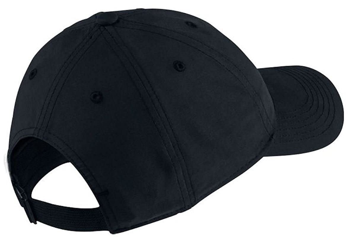 6fbd8537d92 Amazon.com  NIKE Men s BASEBALL CAP