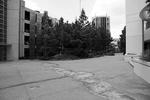 24 x 36 B&W Giclee Print Zones Change at Edward R. Roybal Building (CDC), Atlanta, Georgia 2009 Highsmith 44a