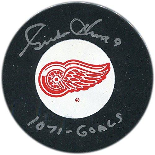 Autographed Gordie Puck Howe - Gordie Howe