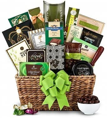 Amazon Com Green Elegance Gift Basket Unisex Holiday Christmas Gift Baskets Ideas For Men Women Him Or Her Unique Xmas Gift Basket On Sale Assortment Delivery By Mail Everything Else