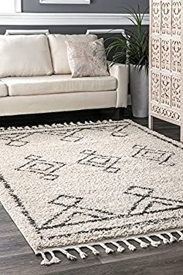 nuLOOM Transitional Moroccan Diamond Drop Tassel Shag Area Rug