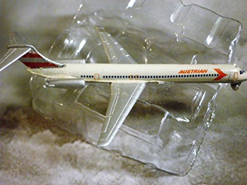 Austrian Airlines McDonnell-Douglas MD-80 Jet Plane 1:600 Scale Die-cast Plane Made in Germany by Schabak