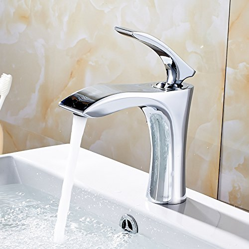 The Single Hand wash Basin Faucet Mount Bridge of Chrome Bathroom Faucet to Cold of The hot Water Mixer