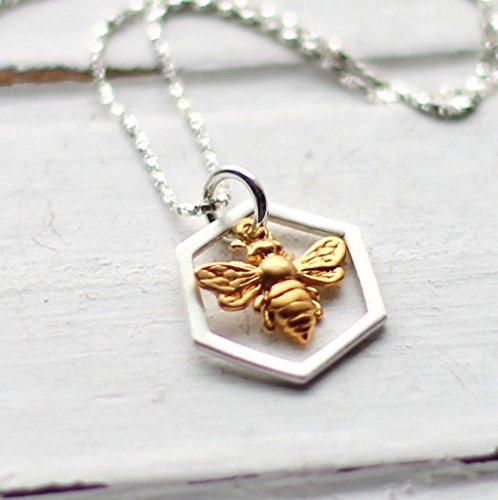 Gold Bumble Bee Charm - 9