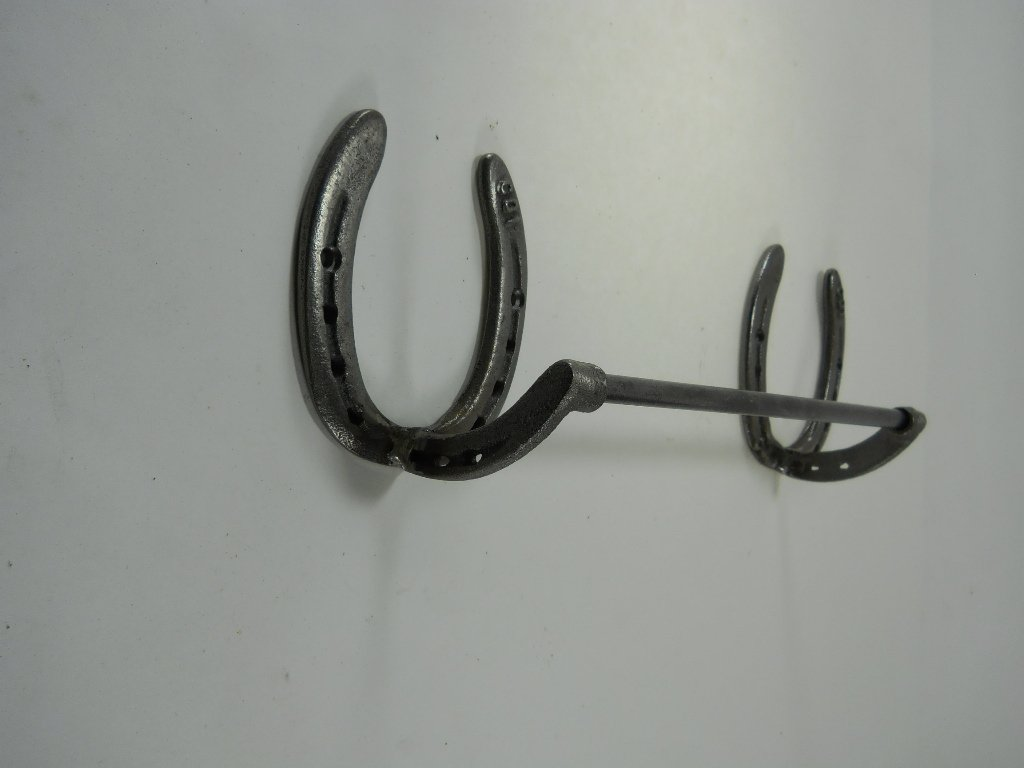 Horseshoe Bath Accessory Set in Natural Iron w/token by Carver's Olde Iron (Image #1)