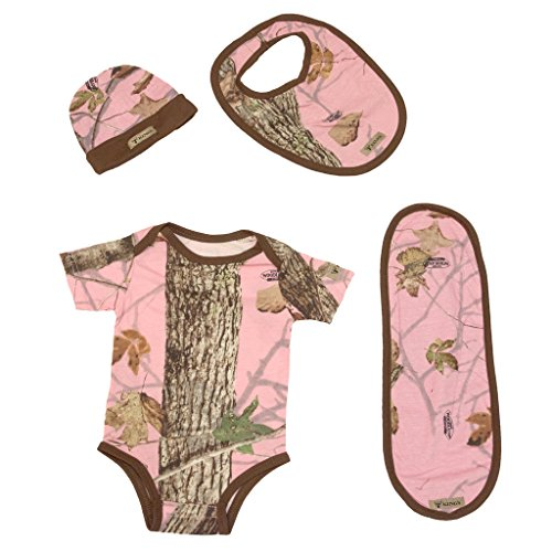 King's Camo Infant 4-Piece Set - Bodysuit, Beanie, Bib, Burp Cloth, Pink, ()