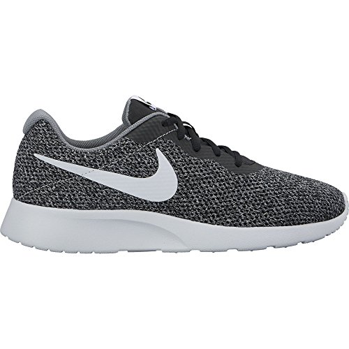 (Nike 844887-010 : Tanjun SE Running Shoes Black/Pure Platinum/Cool Grey (9.5 D(M) US))