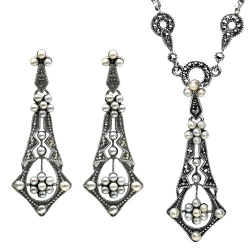 Tear Drop Cultured Seed Pearl Sterling Silver Necklace & Earrings Set - Dahlia Vintage Collection ()