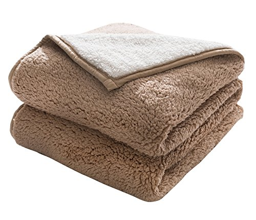 HONEYMOON HOME FASHIONS Classic Sherpa Cozy and Warm 50