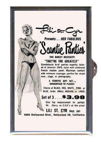 Nude plus size art model