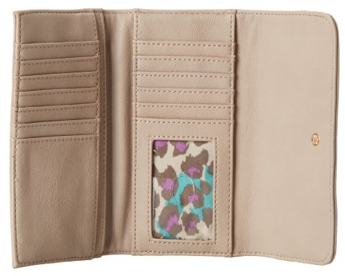 Guess Women's Geela SLG 437551 Slim Clutch Trifold Wallet (Nude)