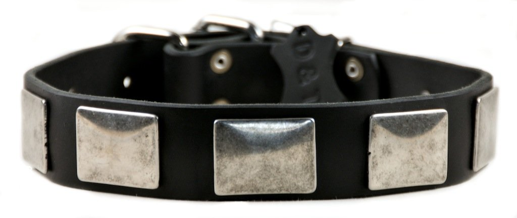Dean and Tyler  TYLER'S VINTAGE  Dog Collar Nickel Hardware Black Size 41cm x 4cm Width. Fits neck size 14 Inches to 18 Inches.
