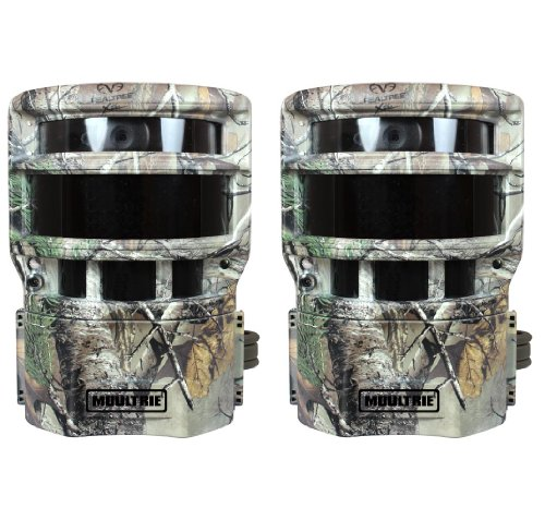 (2) NEW! MOULTRIE No Glow 8MP Panoramic 150i Infrared Digital Trail Game Cameras