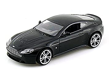 Aston Martin V12 Vantage 1/24   Black