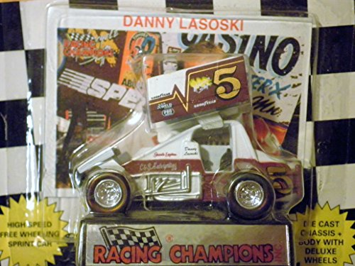 Danny Lasoski Outlaw Sprint Car Black and White Checkered Flag Card 1:64 scale die-cast Racer by Racing Champions