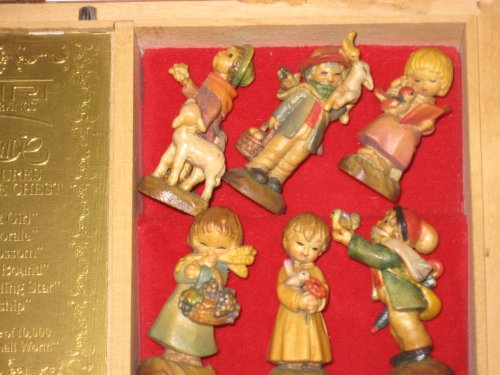 Anri - Ferrandiz Music Box Set of Miniature Figurines