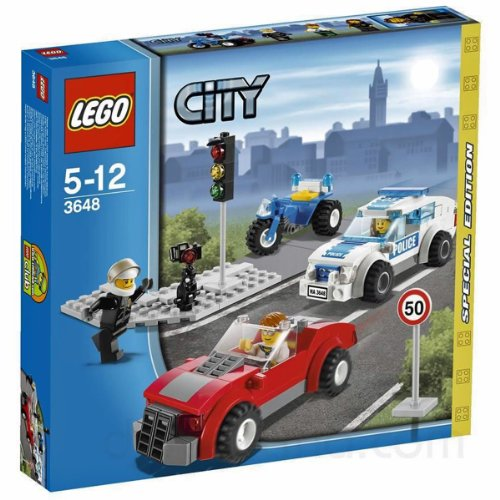 LEGO 3648 Police Chase Special Edition 2011 City Series 173pc Set (Includes 3 Minifigures) ()