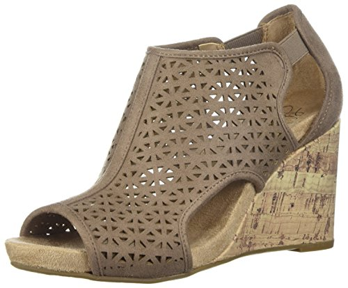 - LifeStride Women's HINX 2 Wedge Sandal, Mushroom, 9 M US