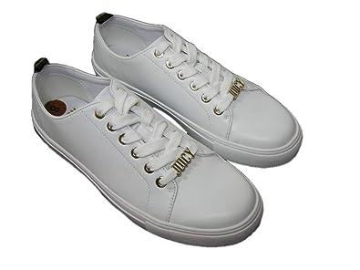 f178ed4041b9 Amazon.com  Juicy Couture New Logo Sneakers White Gold Signature ...