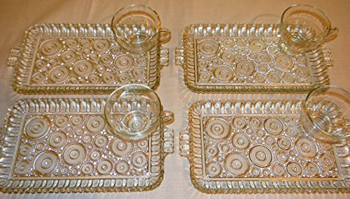 Anchor Hocking Circle Colonial Lady 4 Snack Luncheon Plates and Cups