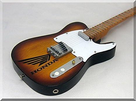 JONNY GREENWOOD Miniatura Guitarra RADIOHEAD Fender Telecaster ...