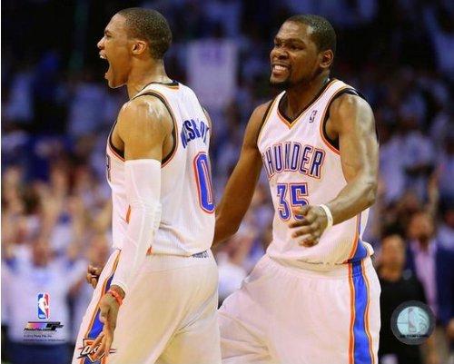 ケビンデュラントRussell Westbrook OKC Thunder 2014 NBA Playoffアクション写真(サイズ: 8