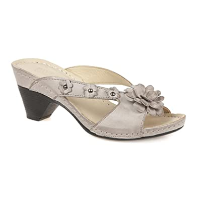 e88c63abd7b2 Pavers Mid-Heel Leather Mule with Studs   Flowers 127 175 - Natural Size 12  (45)  Amazon.co.uk  Shoes   Bags