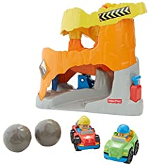 Rev those engines! 3…2…1…GO! Satisfy your toddler's need for speed with the Fisher-Price Little People Wheelies Off Road ATV Adventure! This high-octane, off-roadrace track includes twoWheelies cars that zip and zoom around tight corners an...