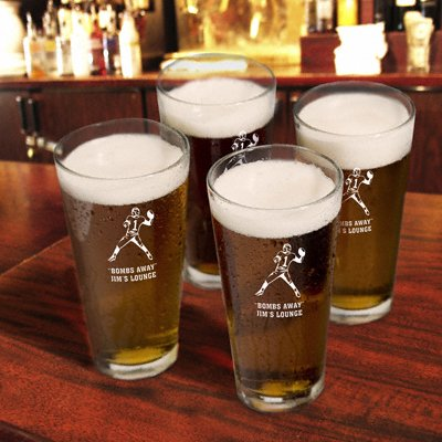 Personalized Set of 4 Sports Icon Pint Glasses - Trophy Hunter Icon Pint Glasses