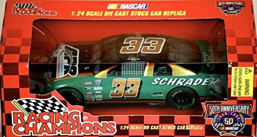 1998 - Racing Champions / NASCAR - Ken Schrader #33 - APR Andy Petree Racing - 1:24 Scale Monte Carlo - OOP - Rare