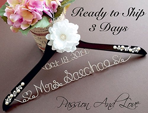 Personalize Bridal Hanger, Name Hanger, Wedding Hanger, Custom Hanger, Mrs. Hanger, Name Wire Hanger, Bridal Party Hanger