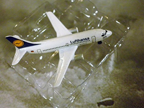 LUFTHANSA German Airlines Boeing 737-500- Jet Plane 1:600 Scale Die-cast Plane Made in Germany by Schabak (Boeing 737 500 Jet)
